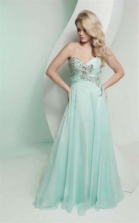 bridesmaids dresses perfect  spring onewed