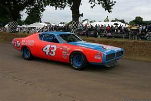 Richard Automobile : richard petty 1972 dodge charger nascar pinterest ~ Gottalentnigeria.com Avis de Voitures