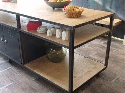 cuisine bois et metal table bois cuisine cration de cuisines sur mesure en bois