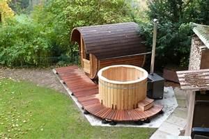 Welche Sauna Kaufen : sauna und badefass 001 badetonnen und saunen aus holz ~ Whattoseeinmadrid.com Haus und Dekorationen