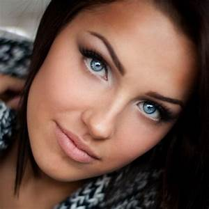 Makeup 101 The Best Eyeshadow Colors for Blue Eyes