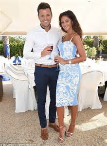 reception wedding dress wright and keegan entertain wedding guests with routine daily mail
