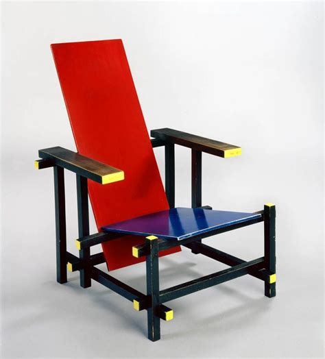 Rietveld Sedia And Blue Chair Gerrit Rietveld De Stijl 1918