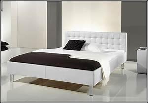 Bett 140x200 Günstig Kaufen : bett 140x200 mit matratze und lattenrost bett mit matratze und lattenrost 140x200 gebraucht ~ Indierocktalk.com Haus und Dekorationen
