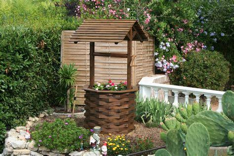 decoration puits jardin mc immo
