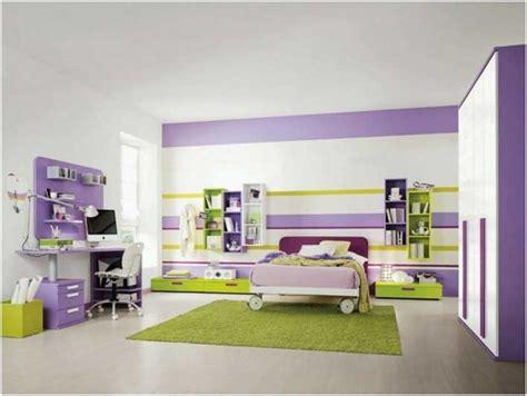 Babyzimmer Wandgestaltung Streifen by Bilder Ideen Wandgestaltung Zimmer Streifen Lila