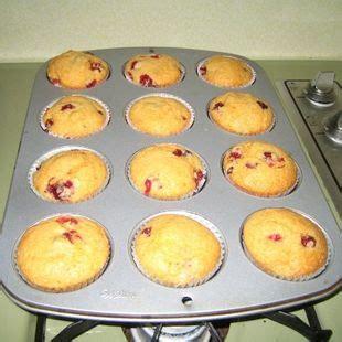delicious orange supreme cake mix  cranberries