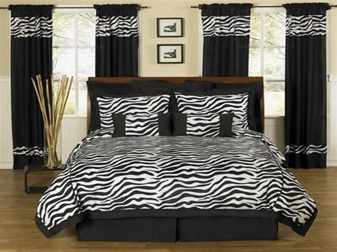 Zebra Print Room Decor Cheap by Zebra Print Bedroom Ideas Cool Colors Best Free Home