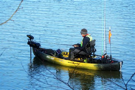 Electric Trolling Motor With Gps by Kayak Fishing With Electric Trolling Motors And Gps Autopilot