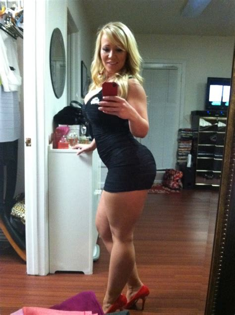 Milf Selfie Ragedbeauty Tightdresses