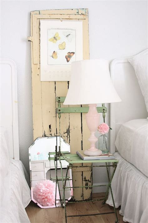 chambre shabby chic 50 delightfully stylish and soothing shabby chic bedrooms