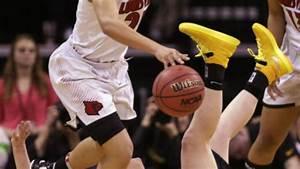 Iowa women fall to Louisville in NCAA tourney   Iowa ...