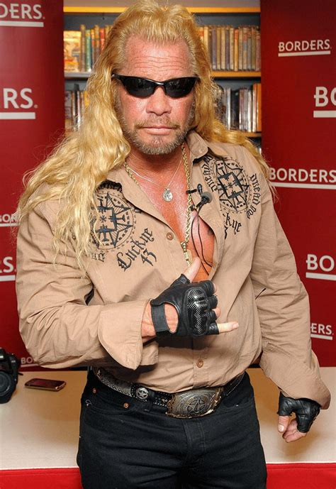 dog chapman duane bounty hunter hawaii today racist tv children giving five cast exclusives keck leashes