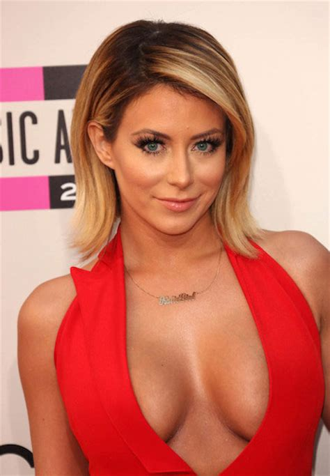 aubrey oday weight height body statistics breasts happened morgan heavy updates sun sign early celeb age