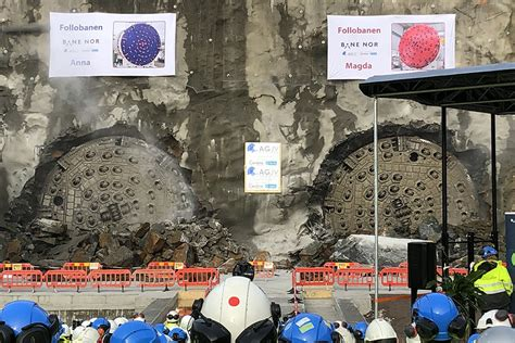 Follo Line Makes Final Double Tunnel Breakthrough Ground