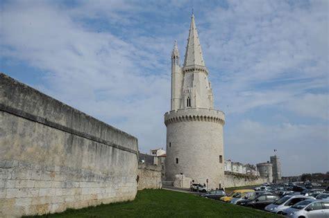 la rochelle cabu et wolinski immortalis 233 s sur la tour de la lanterne sud ouest fr