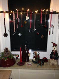 Weihnachtsdeko Fenster Stock by Weihnachtsdeko An Einem Sch 246 Nen Ast Weihnachtsdeko Ast
