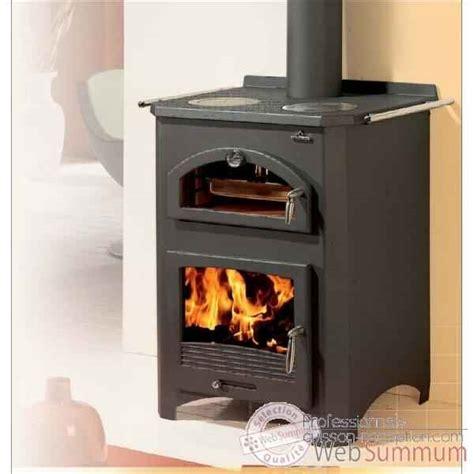 poeles cuisine poêle à bois dans cheminée sur professionnels cuisson