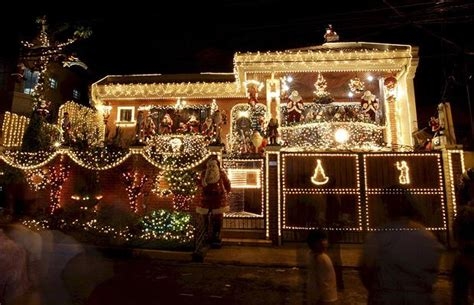 top  biggest outdoor christmas lights house decorations