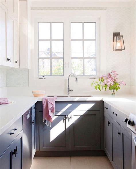 kitchen ideas white cabinets small kitchens best 25 small galley kitchens ideas on galley