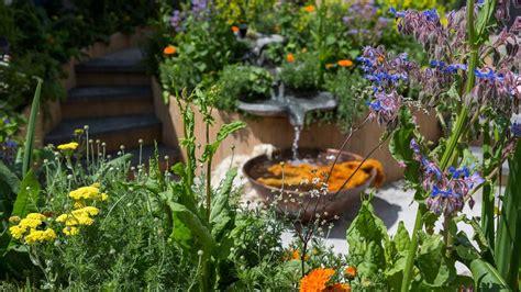 Garten Gestalten Fotos by Garden Design Planning Your Garden Rhs Gardening
