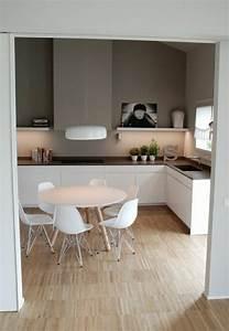 choisir quelle couleur pour une cuisine With deco cuisine avec chaises blanches de cuisine