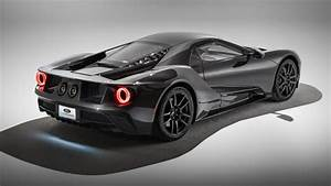 2020 Ford GT: Specs, Features, Photos