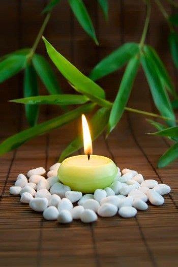 Romantische Stimmung Im Schlafzimmer by Atmosph 228 Risches Kerzenlicht Im Badezimmer Wellness