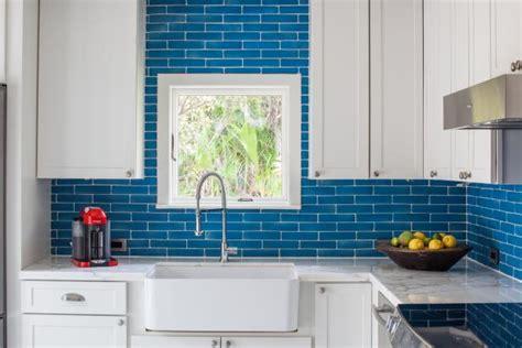 ways    small kitchen sizzle diy