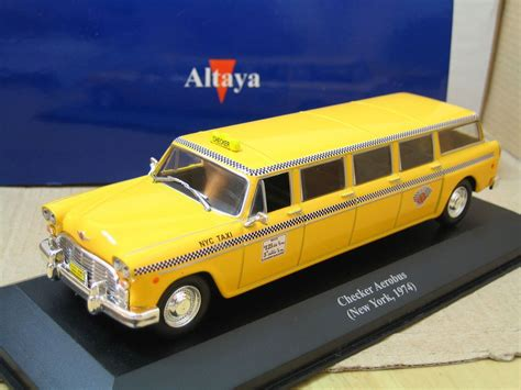 Limousine Taxi by Checker Aerobus Taxi Cab Limousine New York 1974 1 43 Ixo