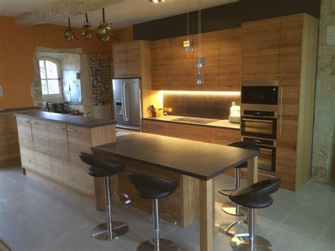 plans de travail de cuisine cuisine blanc plan de travail chene idées de décoration