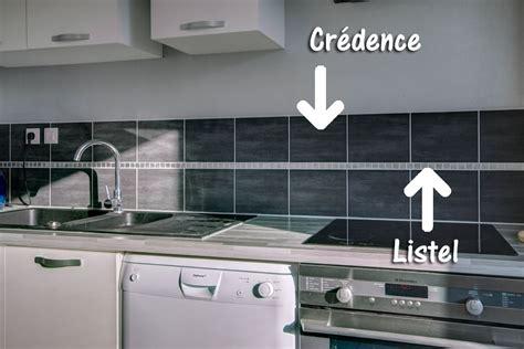 pose faience cuisine comment avoir une crédence design pour sa cuisine à petit