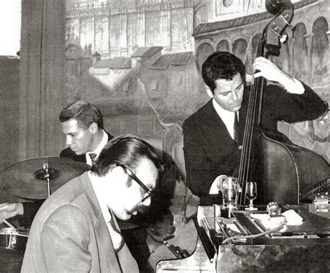 vince guaraldi trio moon river vince guaraldi trio jazz impressions of black orpheus
