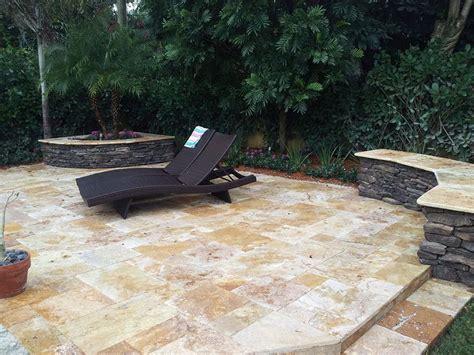 travertine for kitchen floor best 25 travertine pavers ideas on desert 6354