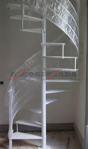 Decorescada Escada em Caracol de Ferro