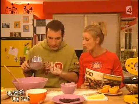 un gars une fille cuisine un gars une fille dans la cuisine avi