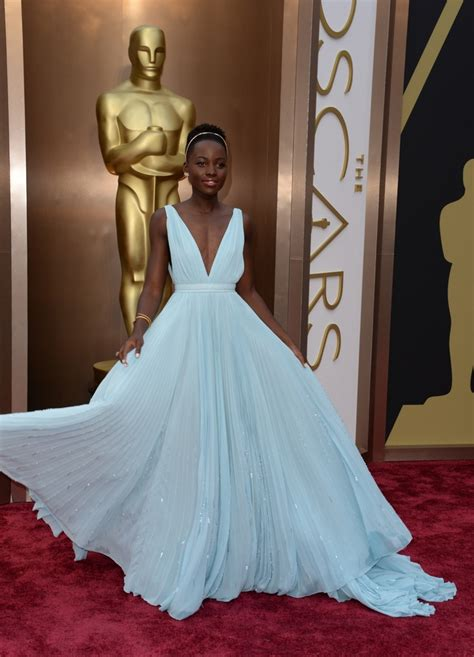 Most Glamorous Gown Award Archives - Silver Screen Modes ...