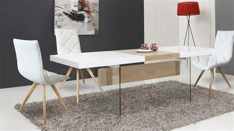 table et chaises de salle à manger salle a manger moderne bois clair