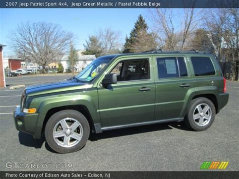 dark green jeep patriot jeep green metallic 2007 jeep patriot sport 4x4 pastel