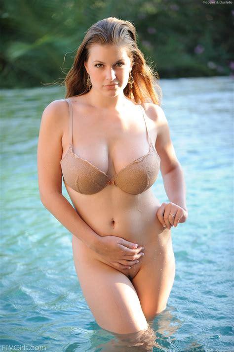 Danielle Ftv Girls Pool