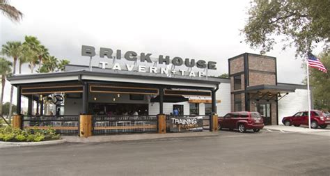 Review Of Brick House Tavern + Tap 33304 Restaurant 1451 N Fed