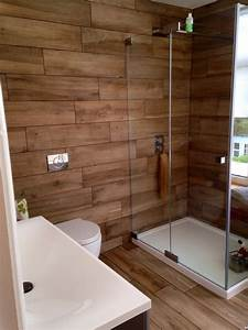 Our bathroom at home wood effect porcelain tiles for Bathroom yiles