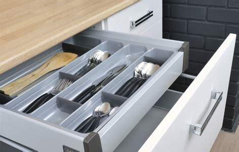 ustensile de cuisine en p tout savoir sur le rangement dans la cuisine leroy merlin