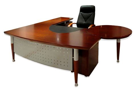 Office Desk Jeddah by Desks