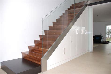 Einbauschrank Unter Der Treppe by Treppe Einbauschrank
