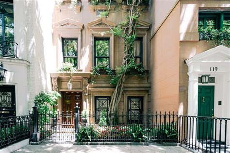 Upper East Side Real Estate, Upper East Side Homes For Sale, Upper East Side Agents, Upper East Best Apartments In Yorktown Va How To Save Up For An Apartment Fast Lexington Crossing Gainesville Fl Country Club Houston Short Term Lease Philadelphia Raleigh Nc 6 Month Locators Tx Who Work With Evictions Washing Machine Without Hookups