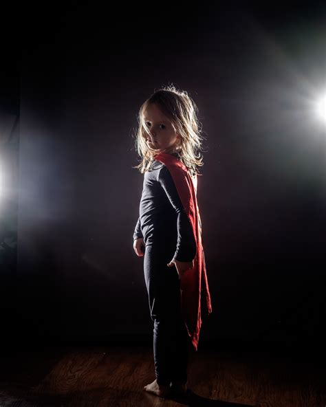 How To Make Dramatic Photos With Backlight