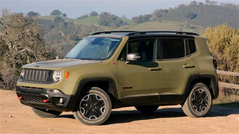 green jeep renegade 2015 jeep renegade in commando green 2015 jeep renegade