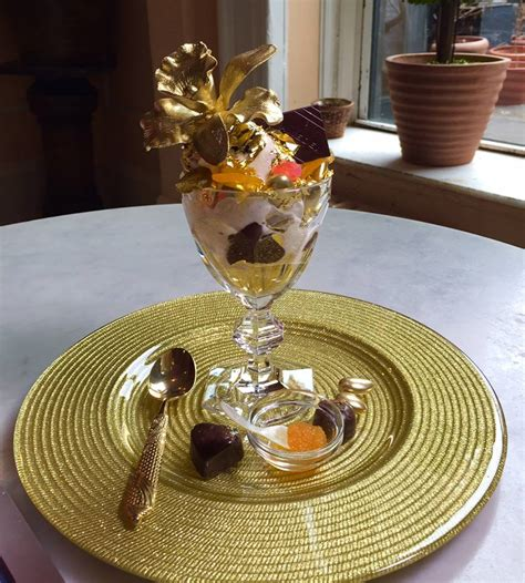 Golden Opulance Sundae - 20 insanely expensive snacks we d to try if someone
