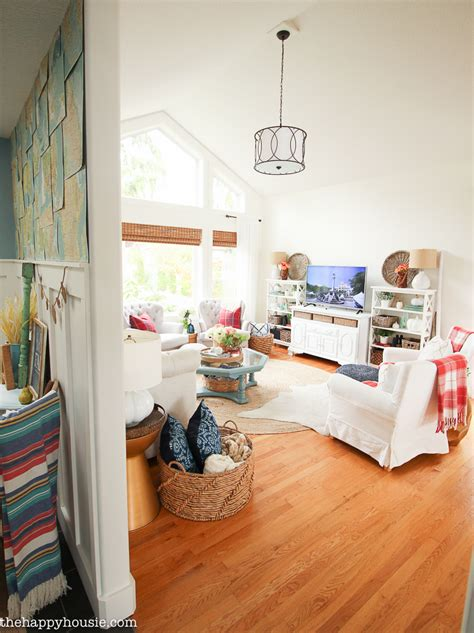 A Light Bright And Beautiful Home by Beautiful Light Bright And Airy Fall Home Tour Lakehouse